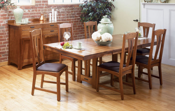 Cattail Bungalow Collection - Casual Dining Room Set - Rectangle