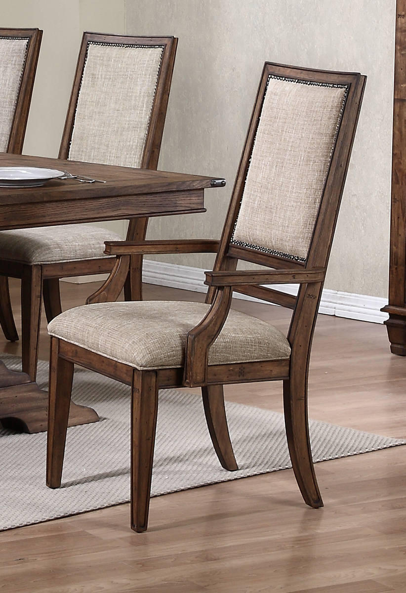 New Classic Furniture Sutton Manor Arm Chair In Distressed
